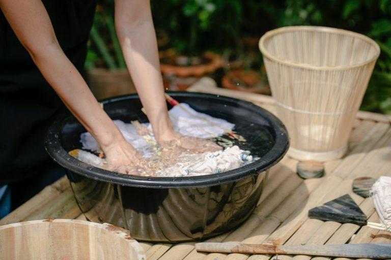 Pulire il bucato con il metodo di TikTok